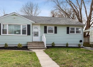 Foreclosed Home in Bordentown 08505 E BURLINGTON ST - Property ID: 4485056222