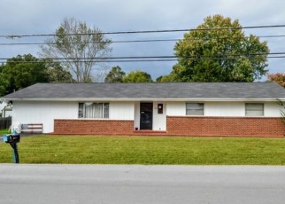 Foreclosed Home in Mount Carmel 37645 CHERRY ST - Property ID: 4485098272