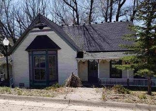 Foreclosed Home in Saratoga 82331 S 1ST ST - Property ID: 4485140770