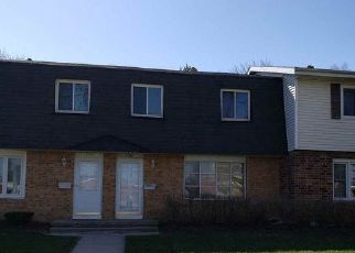 Foreclosed Home in Sun Prairie 53590 IVORY DR - Property ID: 4485157851