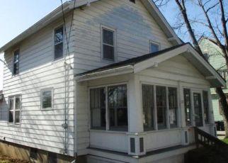 Foreclosed Home in Burlington 53105 ORIGEN ST - Property ID: 4485164855