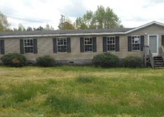 Foreclosed Home in Halifax 24558 GRUBBY RD - Property ID: 4485213459