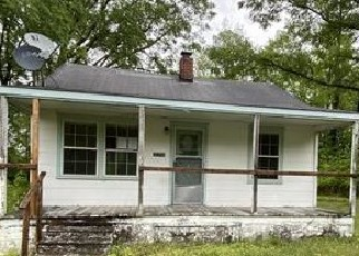 Foreclosed Home in Boykins 23827 QUEEN ST - Property ID: 4485216983