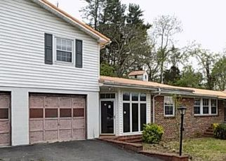 Foreclosed Home in Raven 24639 CAPE RD - Property ID: 4485231418