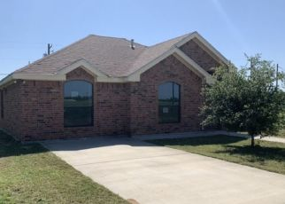Foreclosed Home in Hebbronville 78361 RODRIGUEZ LN - Property ID: 4485297553