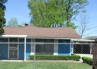Foreclosed Home in Houston 77093 SKINNER RD - Property ID: 4485328654