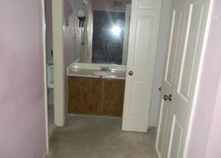 Foreclosed Home in Memphis 38119 PETWORTH RD - Property ID: 4485337855