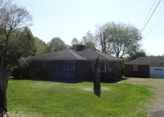 Foreclosed Home in Smithville 37166 S MOUNTAIN ST - Property ID: 4485339601