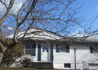 Foreclosed Home in Newburgh 12550 BRIDLE PATH - Property ID: 4485385589