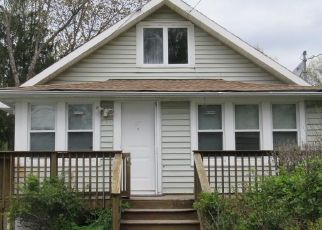 Foreclosed Home in Middletown 10940 ROCKWELL AVE - Property ID: 4485386464