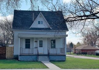 Foreclosed Home in Watertown 57201 3RD ST NE - Property ID: 4485392598
