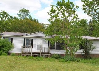 Foreclosed Home in Beulaville 28518 HAW BRANCH RD - Property ID: 4485417112
