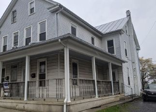 Foreclosed Home in Palmyra 17078 N COLLEGE ST - Property ID: 4485480178
