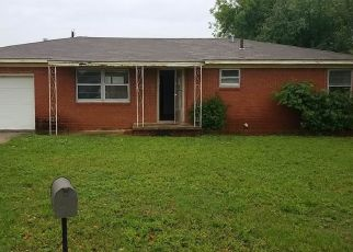 Foreclosed Home in Duncan 73533 N L ST - Property ID: 4485537564
