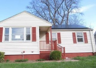 Foreclosed Home in Hartford 06114 BARKER ST - Property ID: 4485546767
