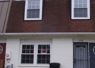 Foreclosed Home in Hyattsville 20785 DUTCH VILLAGE DR - Property ID: 4485547195