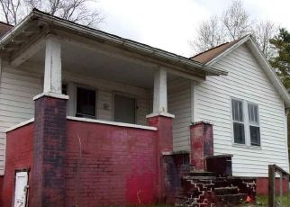 Foreclosed Home in Clarksburg 26301 PRATT AVE - Property ID: 4485637421
