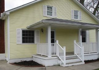 Foreclosed Home in Elizabethtown 42701 HODGENVILLE RD - Property ID: 4485640487