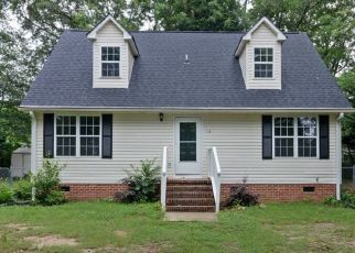 Foreclosed Home in Simpsonville 29681 EASTVIEW DR - Property ID: 4486039477