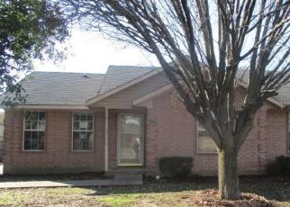 Foreclosed Home in Commerce 75428 ENLOW CIR - Property ID: 4486066643