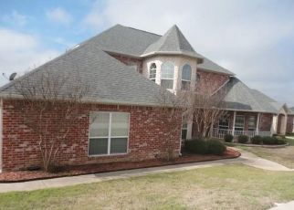 Foreclosed Home in Sherman 75092 SEASONS W - Property ID: 4486073646