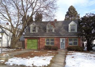 Foreclosed Home in Rockford 61108 17TH AVE - Property ID: 4486086342