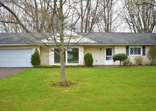Foreclosed Home in Akron 44320 SCHOCALOG RD - Property ID: 4486145921