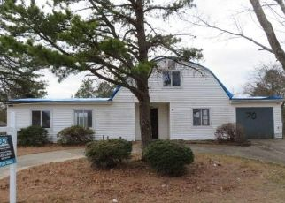 Foreclosed Home in Bellport 11713 S VILLAGE DR - Property ID: 4486157294