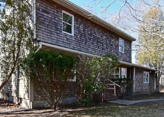 Foreclosed Home in Center Moriches 11934 BELLEVIEW AVE - Property ID: 4486165622