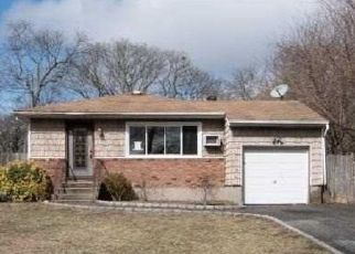 Foreclosed Home in Selden 11784 INWOOD AVE - Property ID: 4486171307