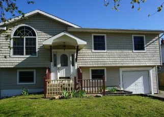 Foreclosed Home in Selden 11784 FOUNTAIN AVE - Property ID: 4486180962