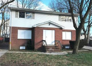 Foreclosed Home in Wyandanch 11798 S 24TH ST - Property ID: 4486196269