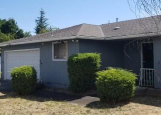 Foreclosed Home in Medford 97504 DELTA WATERS RD - Property ID: 4486657461