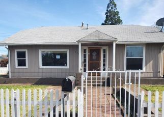 Foreclosed Home in Central Point 97502 HAZEL ST - Property ID: 4486658334