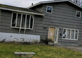 Foreclosed Home in Syracuse 13205 MAYWOOD DR - Property ID: 4486702127