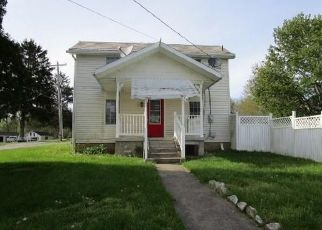 Foreclosed Home in Zanesville 43701 NOLAN RD - Property ID: 4486737166