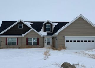 Foreclosed Home in Williston 58801 MATHEW AVE - Property ID: 4486775721