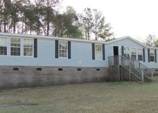 Foreclosed Home in Richlands 28574 INDIAN CAVE DR - Property ID: 4486791936