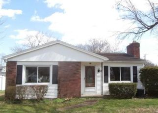 Foreclosed Home in Penfield 14526 HOTCHKISS CIR - Property ID: 4486820839