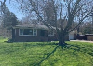 Foreclosed Home in Hamburg 14075 NEWTON RD - Property ID: 4486837918