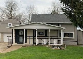 Foreclosed Home in Derby 14047 PUTNAM DR - Property ID: 4486838343