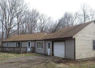 Foreclosed Home in Deep River 06417 CEDAR LAKE RD - Property ID: 4486867696