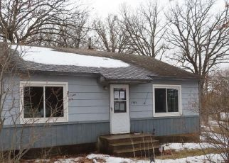 Foreclosed Home in Saint Cloud 56301 OAK GROVE RD SW - Property ID: 4487006531