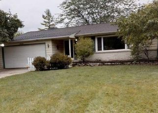Foreclosed Home in Saginaw 48603 KRUEGER PL - Property ID: 4487038951