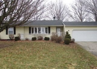 Foreclosed Home in Lansing 48906 S AIRPORT RD - Property ID: 4487050321