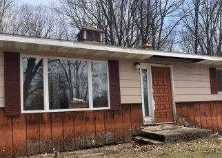 Foreclosed Home in Lake City 49651 N AL MOSES RD - Property ID: 4487060850