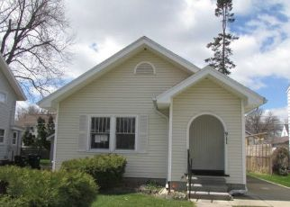 Foreclosed Home in Lansing 48915 N VERLINDEN AVE - Property ID: 4487079675