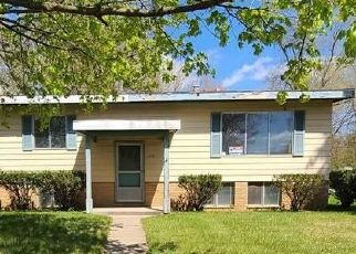 Foreclosed Home in Brighton 48116 N EAST ST - Property ID: 4487091497