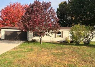 Foreclosed Home in Cheboygan 49721 WESTWOOD DR - Property ID: 4487098506