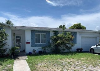 Foreclosed Home in Miami 33162 NE 6TH AVE - Property ID: 4487102444